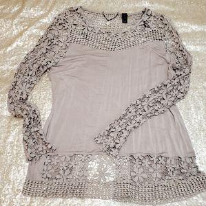 Split back lace top
